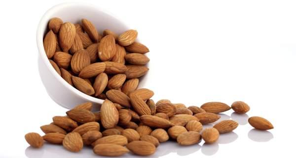 7 maneras de consumir Almendras para reducir abdomen