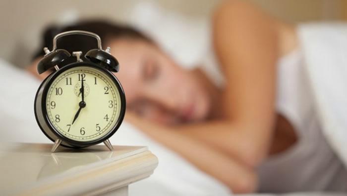 dormir lo suficiente para eliminar la grasa abdominal